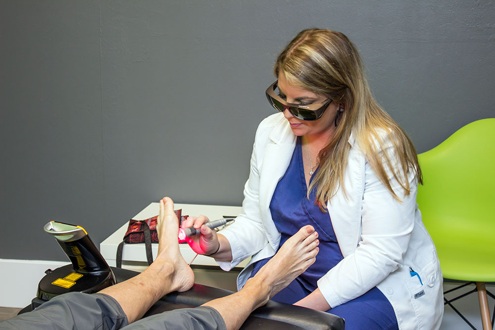 laser therapy in naples
